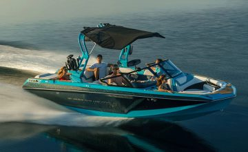 Meet The World's First Electric Towboat In The Super Air Nautique GS22E