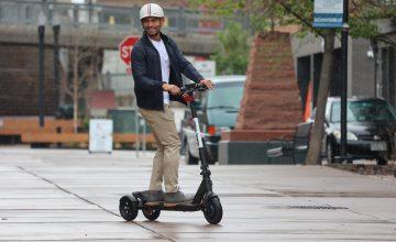 GOTRAX Has Made A Pretty Nifty Three-Wheel E-Scooter