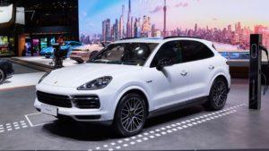 Porsche Cayenne E-Hybrid 4 Wheel Drive Car