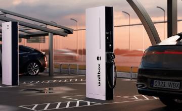 Wallbox Introduces Its Hypernova Ultra-Rapid Charging Column